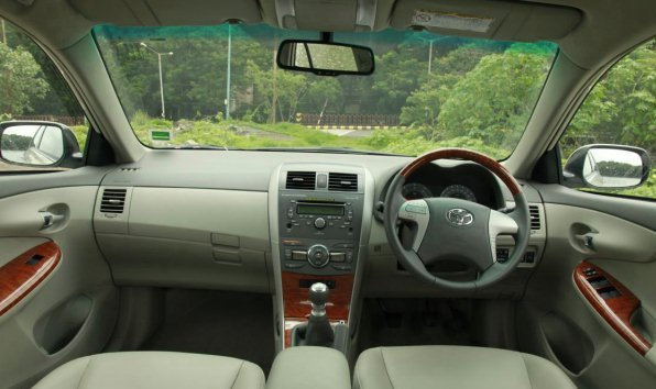 corolla altis diesel interior photo THE NEW COROLLA ALTIS DIESEL